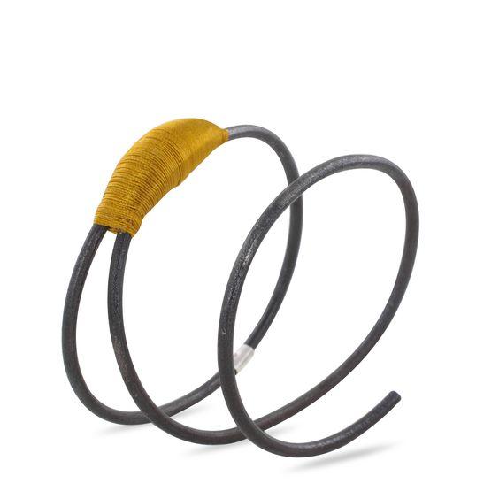 Bracelet Ligature jaune : bracelet par Marianne Anselin: