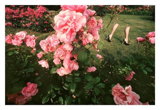 Une exposition au Studio des Acacias à Paris tente de percer le mystère du plus grand photographe de mode français. On a essayé nous aussi. La preuve par 7.