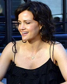 Carla Gugino - Wikipédia