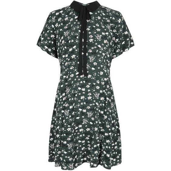 Green Floral Print Short Sleeve Swing Dress ($24) ❤ liked on Polyvore featuring dresses, green short sleeve dress, green day dress, tent dress, floral day dress and flower print dress