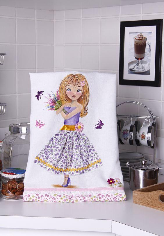 Pintura em tecido - Boneca Flora Artesã: Beth Mattelli  Curso técnica em Pinturas: http://www.vitrinedoartesanato.com.br/curso-tecnicas-pintura-em-tecido-vol-03-com-beth-matteelli-va7276/p
