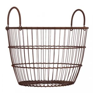 Another nice wire basket for garden or photo prop.