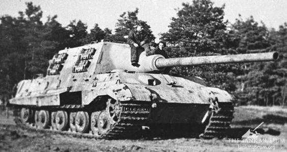 German Heavy Tank Jagdtiger Tank Destroyer German Tanks Tanks Military