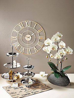 objets d co pour un mariage le pr sentoir g teaux en inox un v nement chic et original. Black Bedroom Furniture Sets. Home Design Ideas