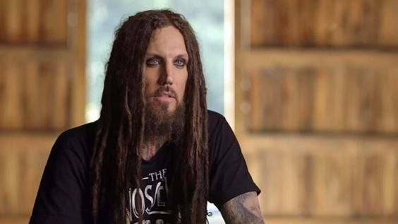KORN Guitarist BRIAN 'HEAD' WELCH To Release 'With My Eyes Wide Open' Book In May