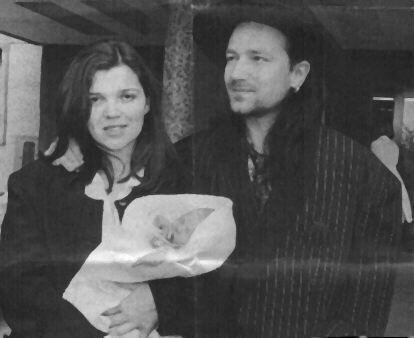 Bono and familia.