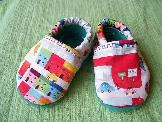 Cloth Baby shoes by E. Magee, via Flickr