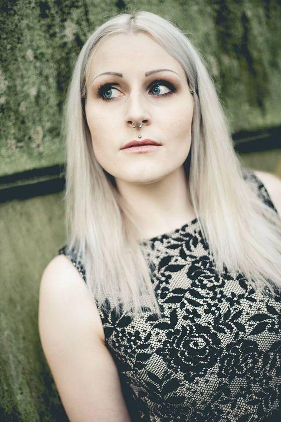Photographer: Tom Brückner - www.Fotografie-Tom.de ____ Model: Kate Cholamin ____ #white #hair #silver #hair #alternative #whitehair #silverhair #alternativemodel