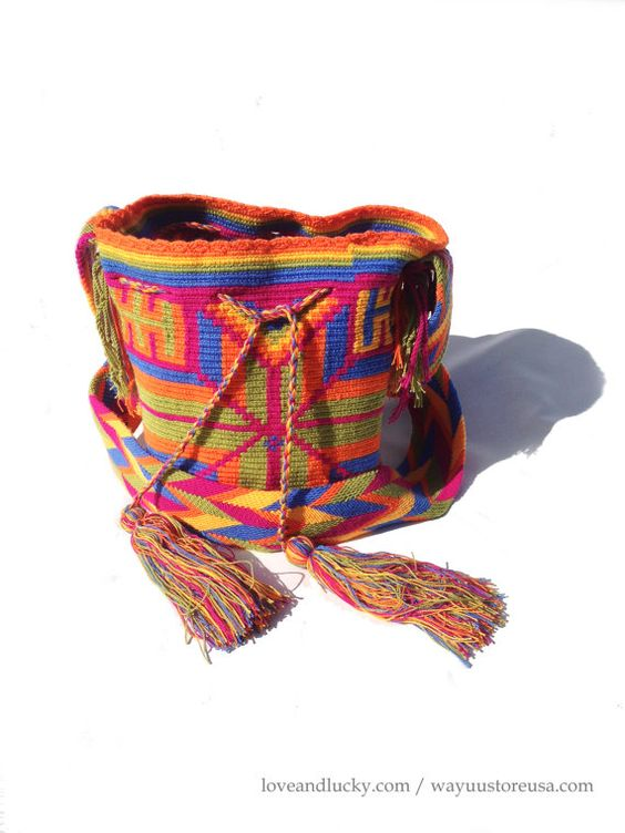 Authentic Wayuu Bags with inside pockets. by loveandlucky on Etsy