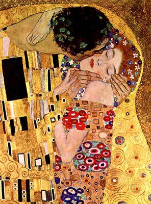 """''O beijo"""" de Gustav Klimt feito entre 1907 e 1908 Óleo sobre tela, representa a união do casal à entrega da paixão. Traços seguidos e fluidos, abstracção na obra e sem a presença de elementos históricos. Esta obra pertence ao fase do ouro do autor (bem visto) mas no geral enquadra-se mesmo é no Modernismo."""