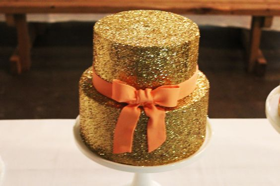 Love this! edible glitter cake. Sweet 16 Pinterest ...