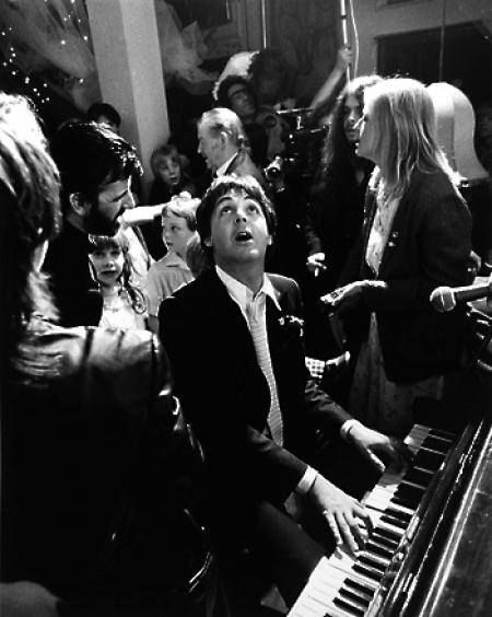 Paul McCartney with Linda McCartney, Ringo Starr and several others at Ringo and Barbara Bach's wedding on April 27th, 1981. Photograph by Terry O'Neill <3