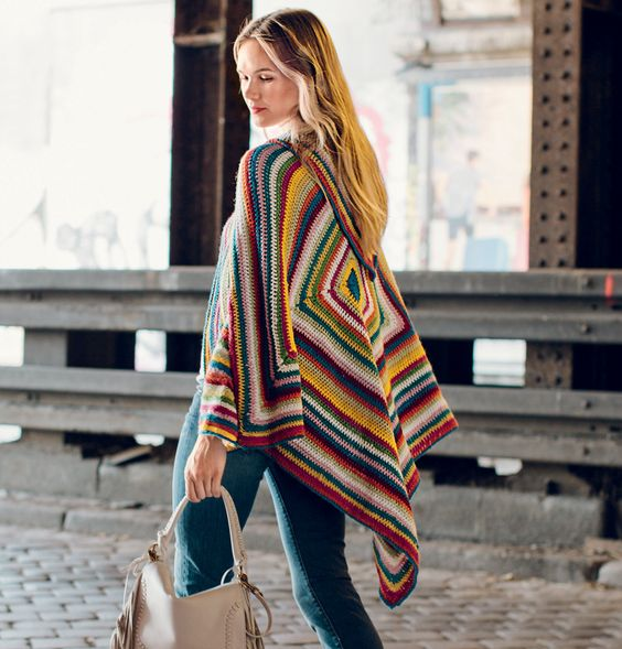 Описание вязания крючком разноцветного пончо  из журнала «Вязание. Burda» №8/2015