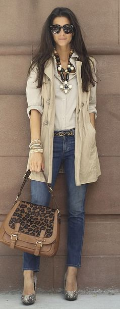 Sleeveless Trench ~ Great look!