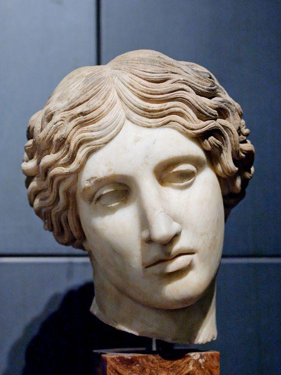 Cabeza de una Amazona -  Jardines de Mecenas.Museos Capitolinos.