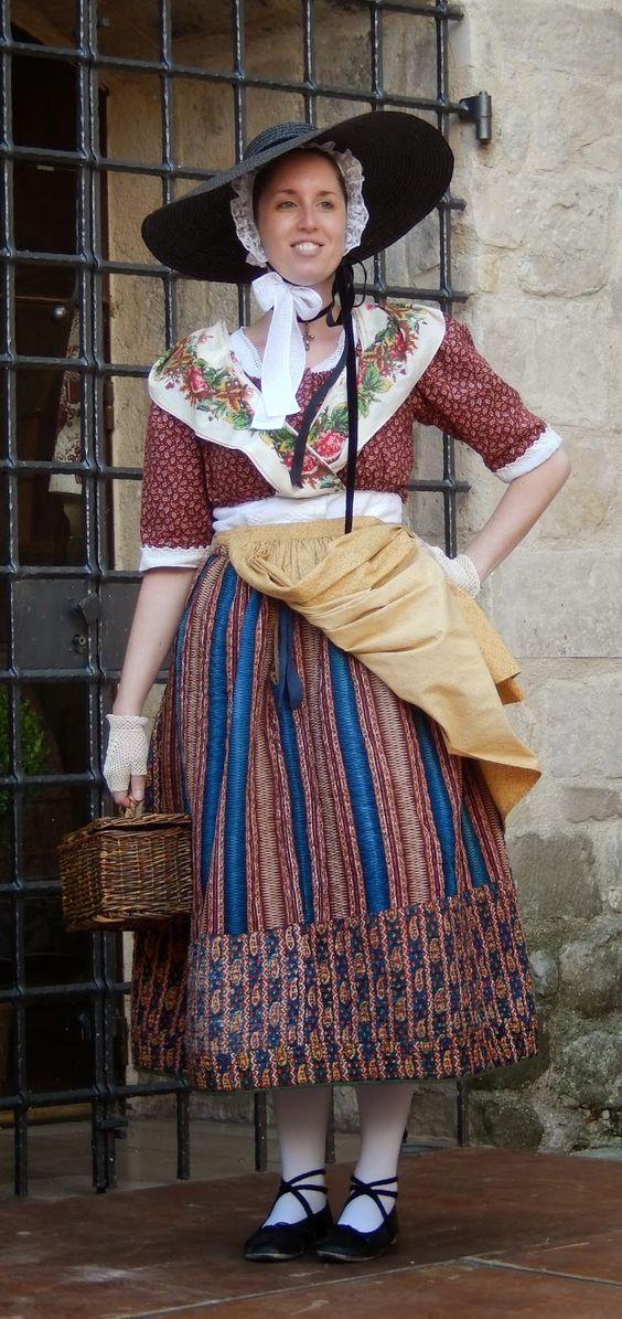 Boutis, petits points et petits pots: Biennale de la jupe piquée à Trets 13-14 septembre 2014