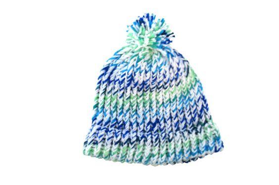 Beanie hat with pom pom, white, blue, green item WWV3