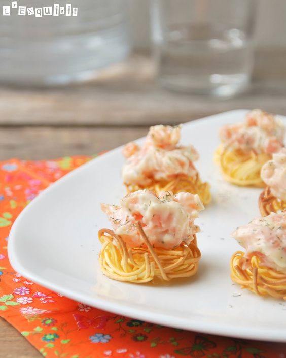 Nidos de salm n ahumado l 39 exquisit aperitivos tapas y for Canape de salmon ahumado