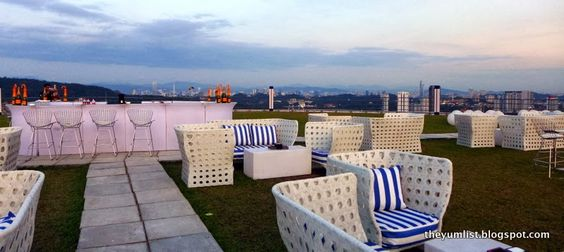 Rooftop Bar in Damansara