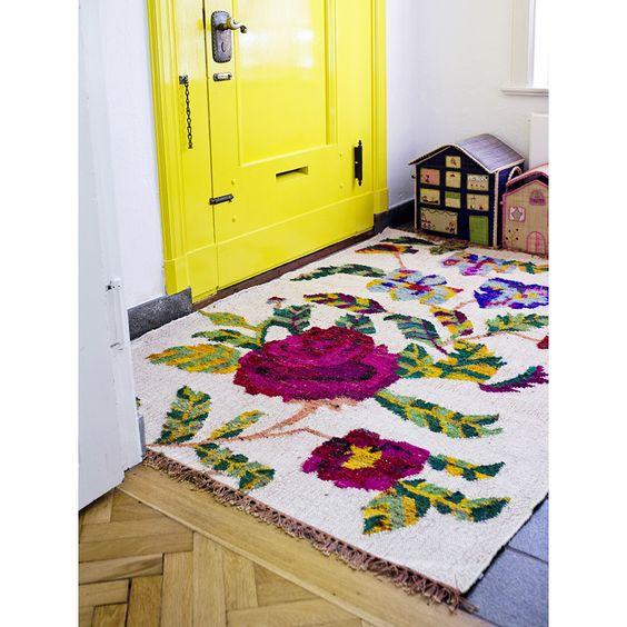 handmade carpet in silk/wool from lovely Rice