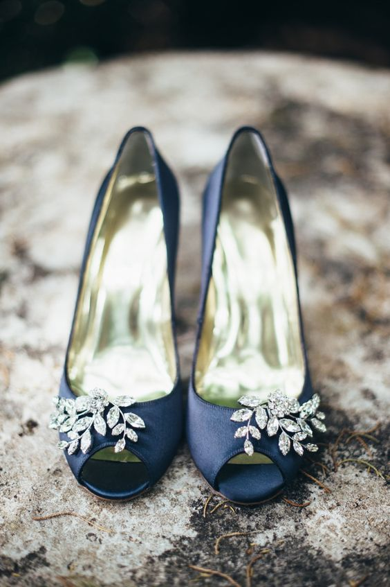 Navy blue peep toes shoes with diamante detail | Photography by http://www.lisapoggi.com/: