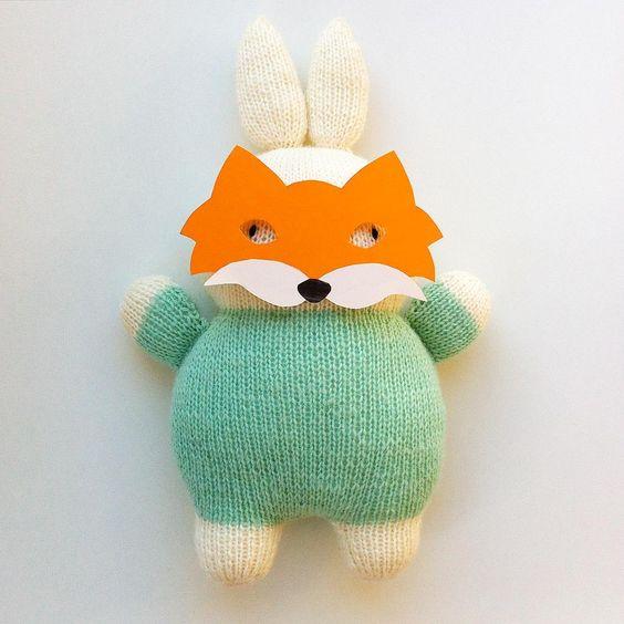 Hallo Frau Fuchs @madamefux , ist im Fuchsbau noch ein Plätzchen frei? #instafriend #papercraft #animalmask #tiermasken #stricken #knitting #mitliebegestrickt #knittedtoys #knittedwithlove #miffy #miffylove #miffyliebe #dickbruna #nijntje