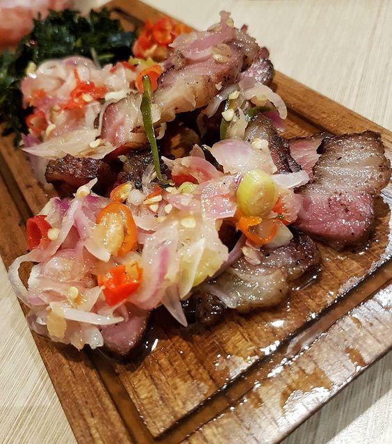 kuliner khas Indonesia yang lezat tapi dibuat dengan penuh perjuangan, source pinterest