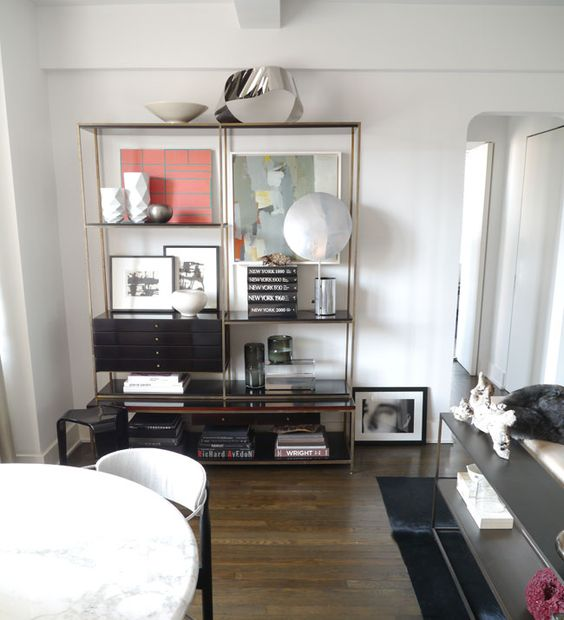 love this bookshelf arrangement | s. russell groves manhattan apartment