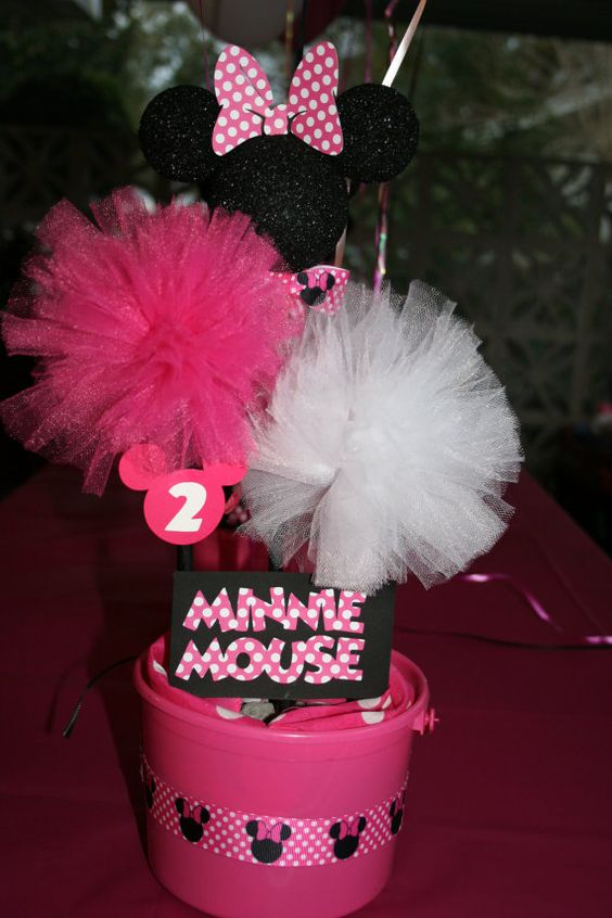 Personalized minnie mickey mouse polka dot birthday baby for Baby minnie mouse decoration ideas