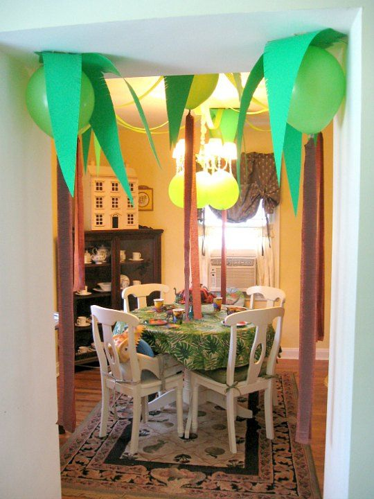 Decorar una fiesta de dinosaurios con globos hoy traemos for Ideas baratas para decorar