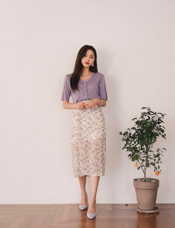 Slit Floral Midi Skirt CHLO.D.MANON | Shop feminine & adorable Korean clothing, bag, shoes, acc for an instant charm!