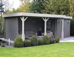 Abri de jardin : grand et moderne. http://www.m-habitat.fr/abri-de-jardin/les-types-d-abris/abri-de-jardin-a-toit-plat-1000_A