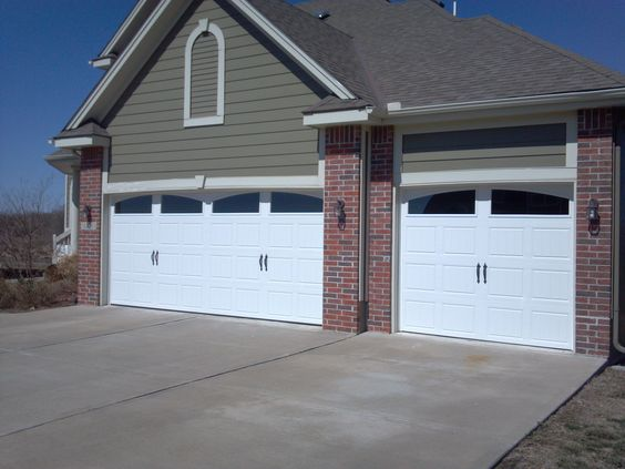 Garage doors arched windows and garage on pinterest for Clopay steel garage doors