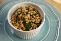 Wondering what to do with that bag of 10-minute farro from Trader Joe's? Lemony Farro Pilaf with Spinach.