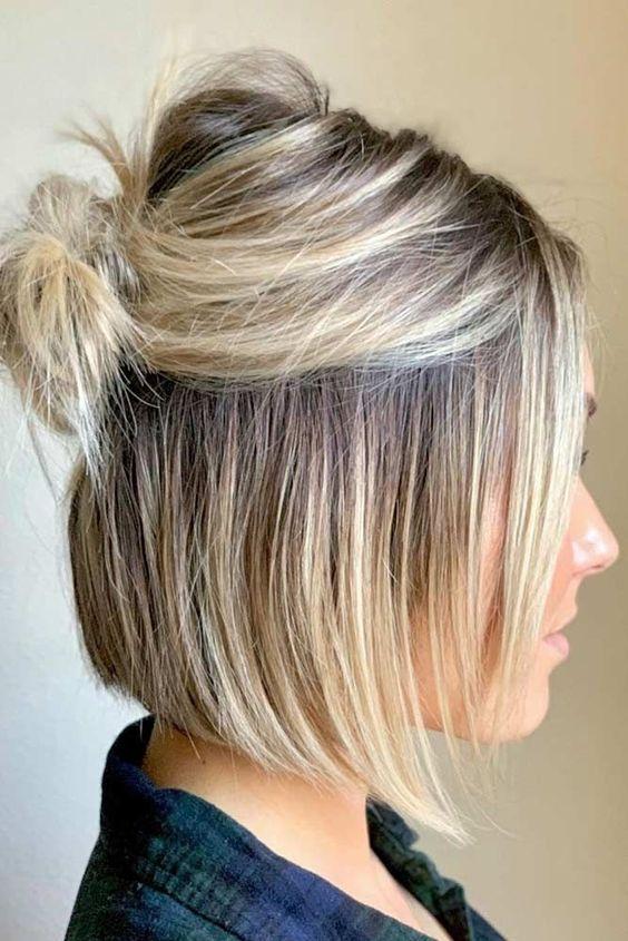 24 Einfache Und Ausgefallene Haarknoten Tipps Fur Kurzes Haar Samantha Fashion Life Haar Haarideen Short Hair Trends Easy Bun Hairstyles Short Hair Bun