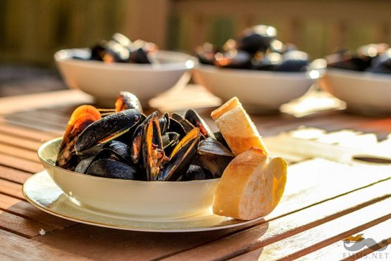Cozze Alla Marinara: Mussels in Italian red sauce