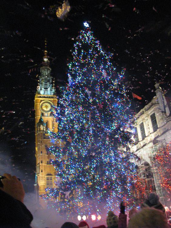 #christmas tree in #Gdansk   Poland photo: Radek Selonka i Ola Leszczyńska
