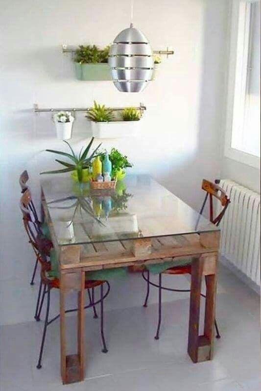 Surprisingly Cute Home Decor Table