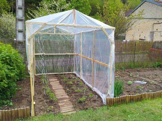 meer dan 1000 idee n over serre de jardin op pinterest petite serre de jardin fabriquer une. Black Bedroom Furniture Sets. Home Design Ideas