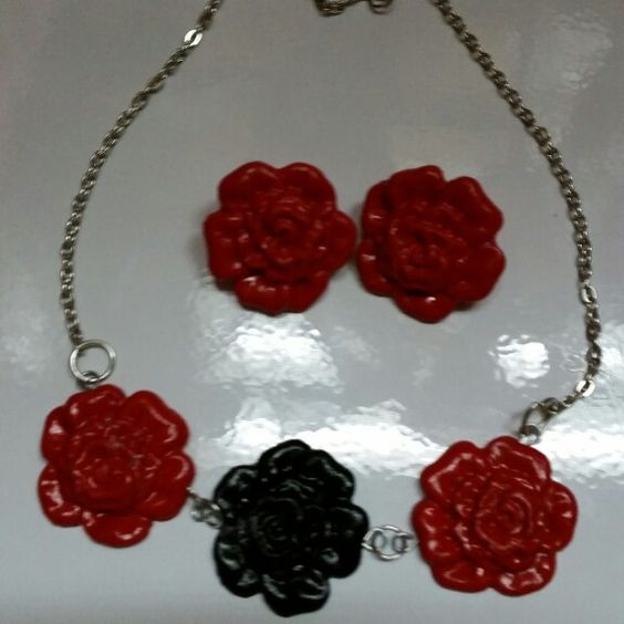 Neckles for sale handcrafted $15