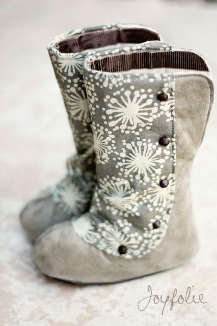 DIY Baby boots. DARLING!!!!!