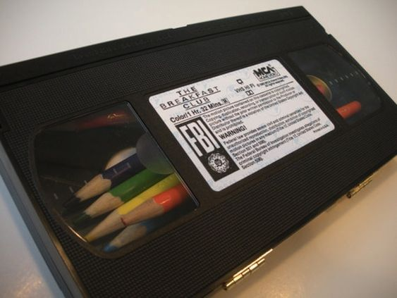 VHS Pencil Box. Feature popular movies like The Breakfast Club, Star Wars and Back to the Future. http://mashable.com/2012/03/28/upcycled-gadgets-fashion/#561232-VHS-Pencil-Box: