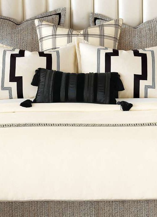 Bed Cushion Styling: