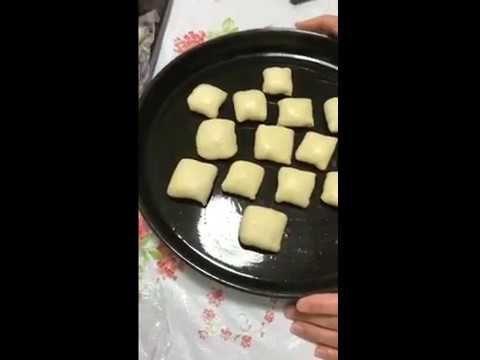 فرموزه طبقات صمصو قطلمه طريقه الأول 1 مقرمش و يذوب في الفم Youtube Food Desserts The Creator