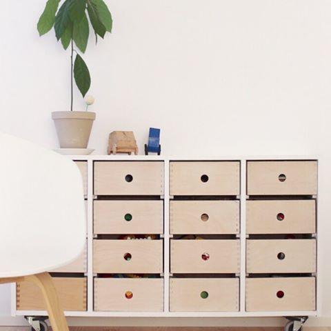 Kuvahaun Tulos Haulle Kapea Lipasto Eteiseen Furniture Decor Shelves