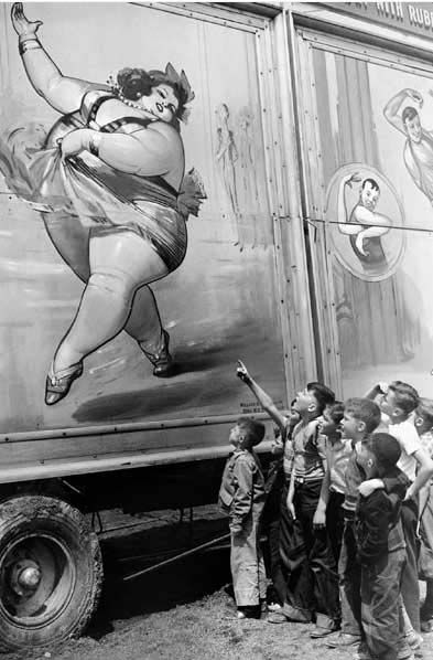 woman-circus