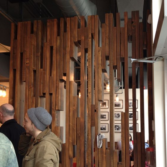 Fusaro s divider wall in restaurant entrance