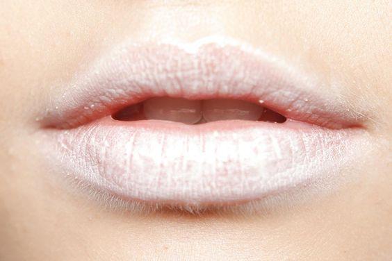 Lipstick + Sombra de ojos