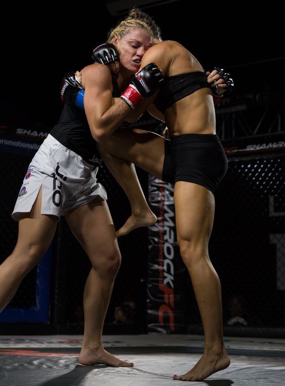 Beckie Ruth-Gullett vs Mandy Polk #mma #fighters #girl #strong #knee #cage