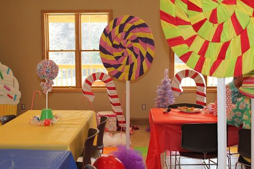 Candy Land party theme for kids based on the board game (from Martha Stewarts website)